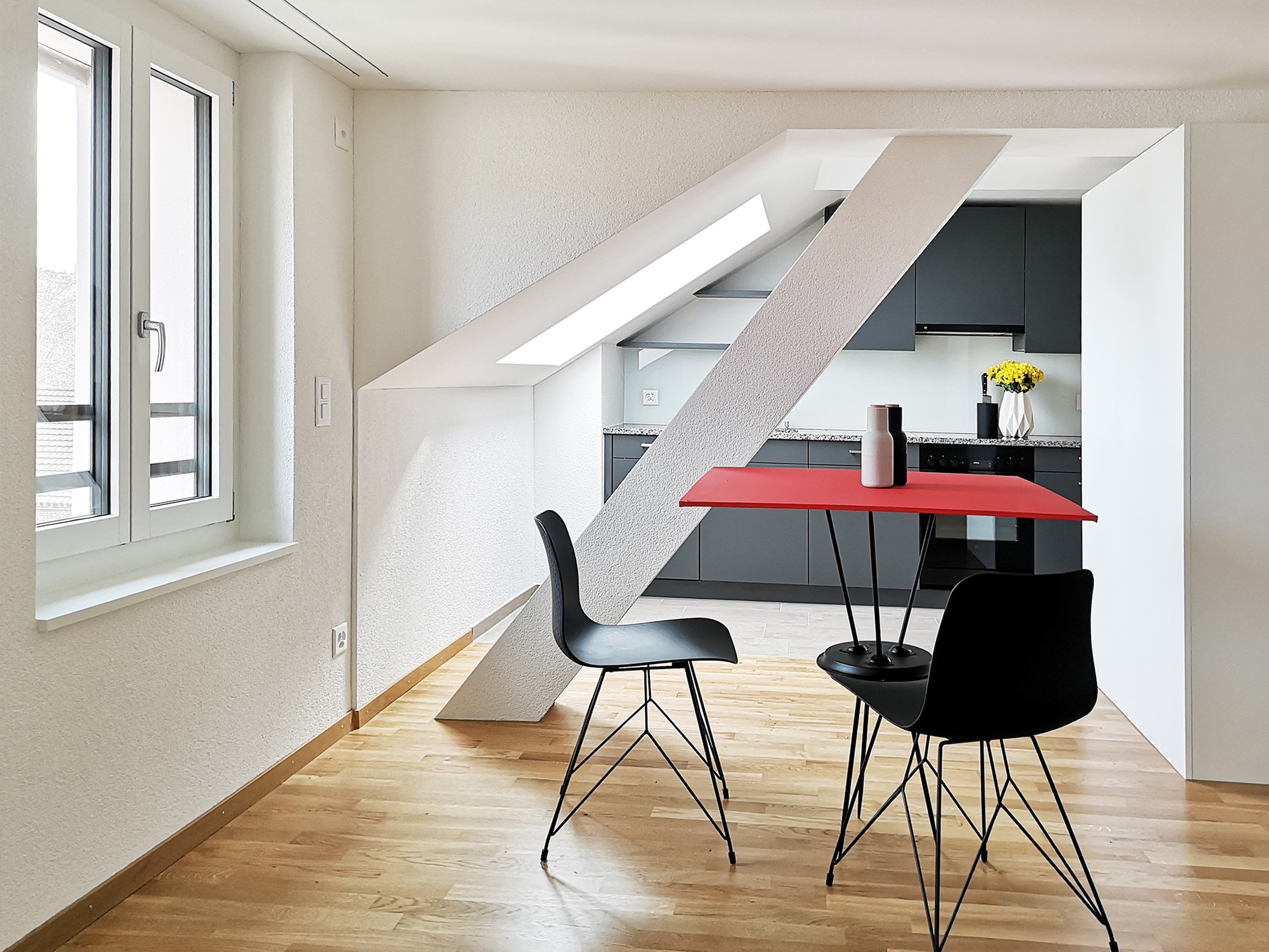 Küche/ Essen in Dachgeschosswohnung
