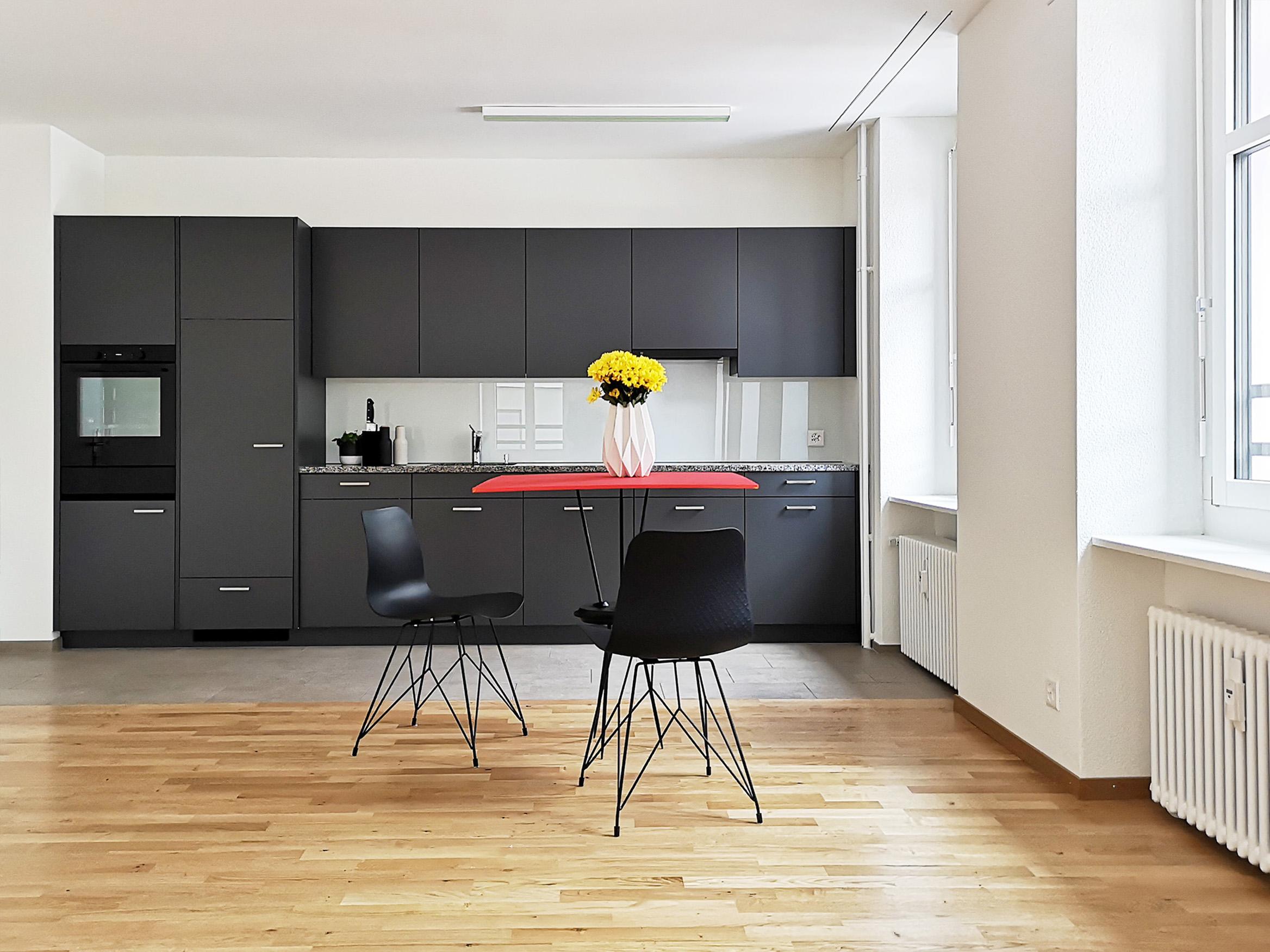 Küche/ Essen/ Wohnen in Regelgeschosswohnung